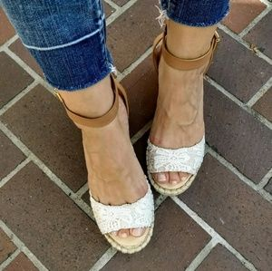 Vince Camuto Lace Tagger Espadrille Wedge 9.5